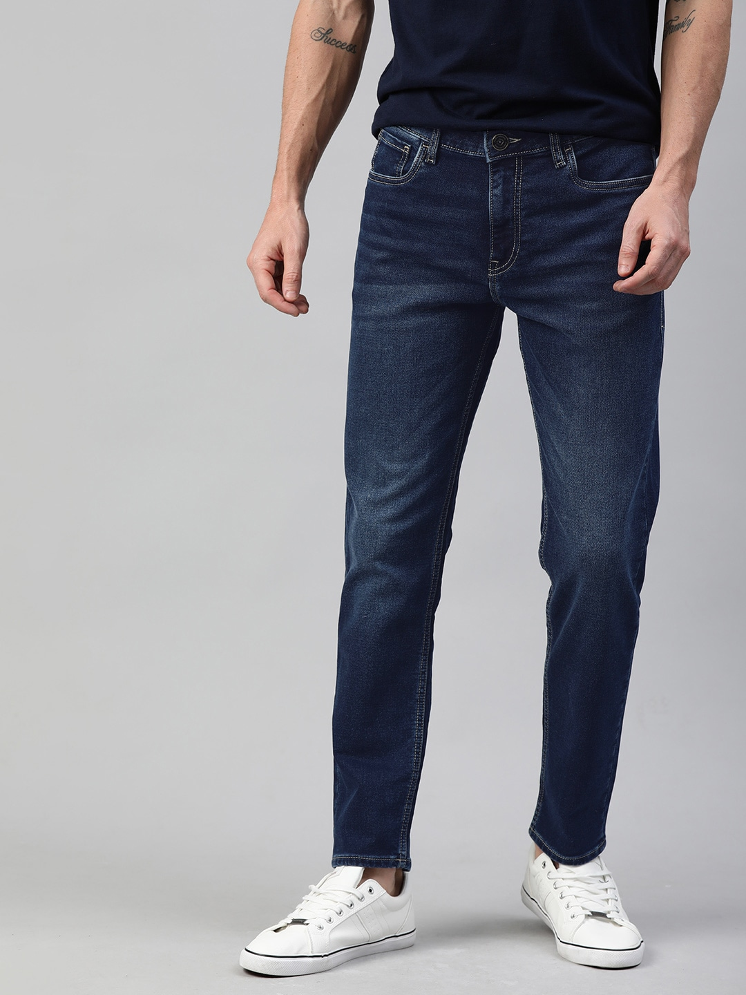 Mast & Harbour Men Blue Slim Tapered Fit Mid-Rise Clean Look Stretchable Jeans-12116996