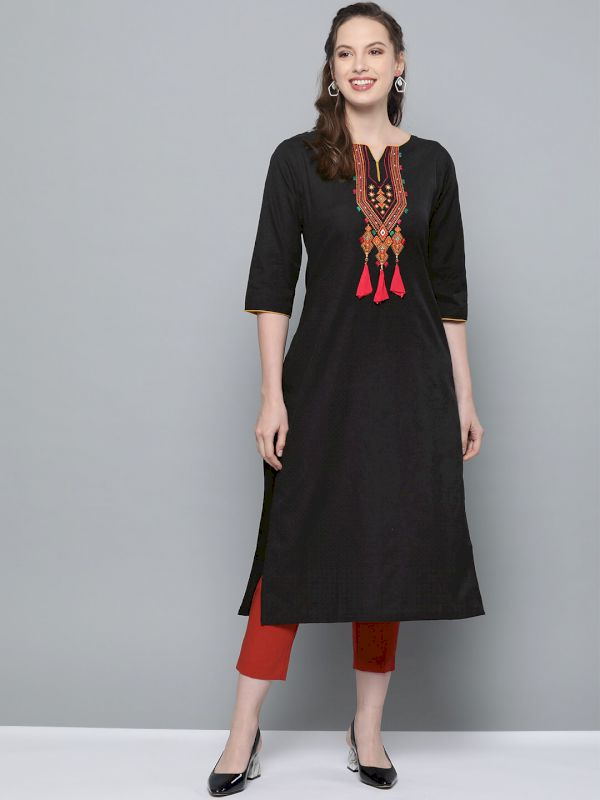 HERE&NOW Women Yoke Design Kurta